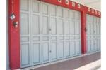 pintu plat besi